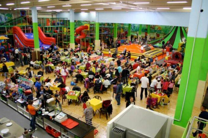 Jackelino Indoor Spielplatz!